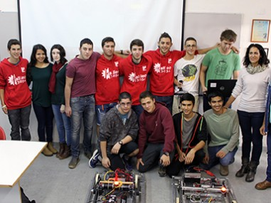 Group of Israeli teenagers with robots - JFC-UIA 2015 Annual Report